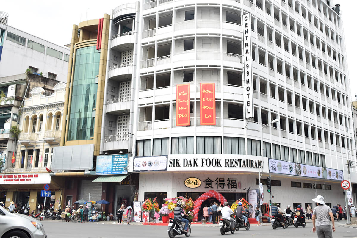 Thiết kế thi công nhà hàng Hoa Sik Dak Fook