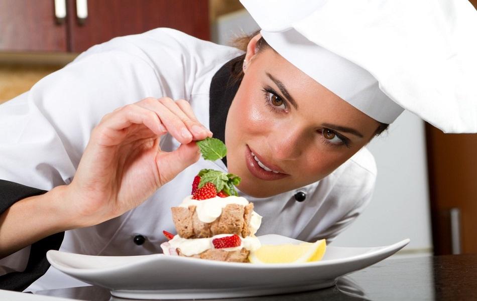 Ý tưởng marketing nhà hàng thu hút hiệu quả sự chú ý của khách hàng